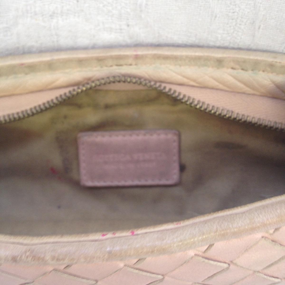 池袋 ペンケース ソファー、鞄、バッグ、修理、張替、黒ずみ汚れ、クリーニング、色移り、すれ傷  ベージュ ボッテガヴェネタ 13