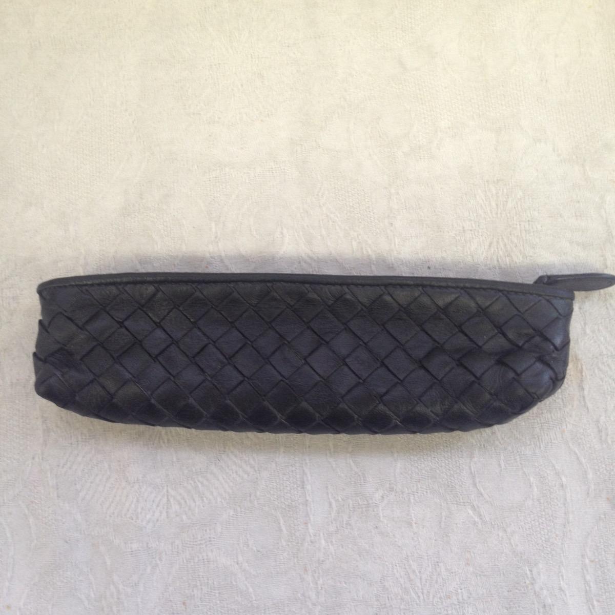 池袋 ペンケース ソファー、鞄、バッグ、修理、張替、黒ずみ汚れ、クリーニング、色移り、すれ傷  ベージュ ボッテガヴェネタ 21